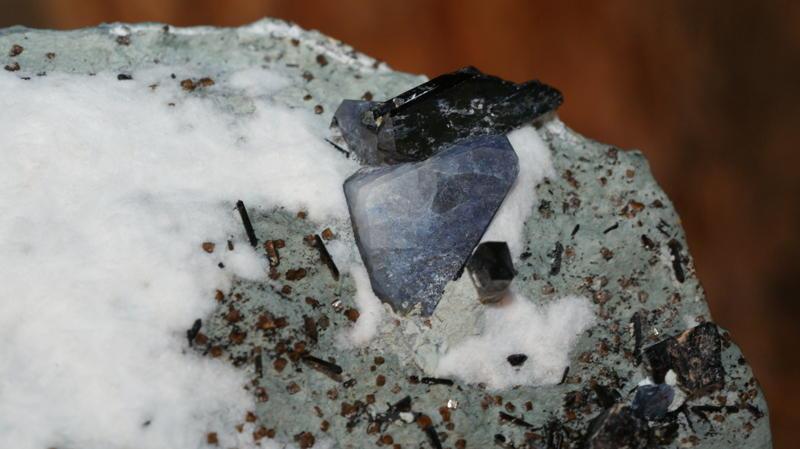 Benitoite Mine - Raw material